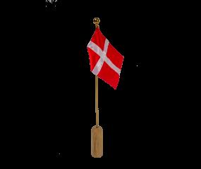 Andersen Celebrating flag
