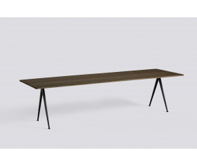 Pyramid Table 02 røget eg